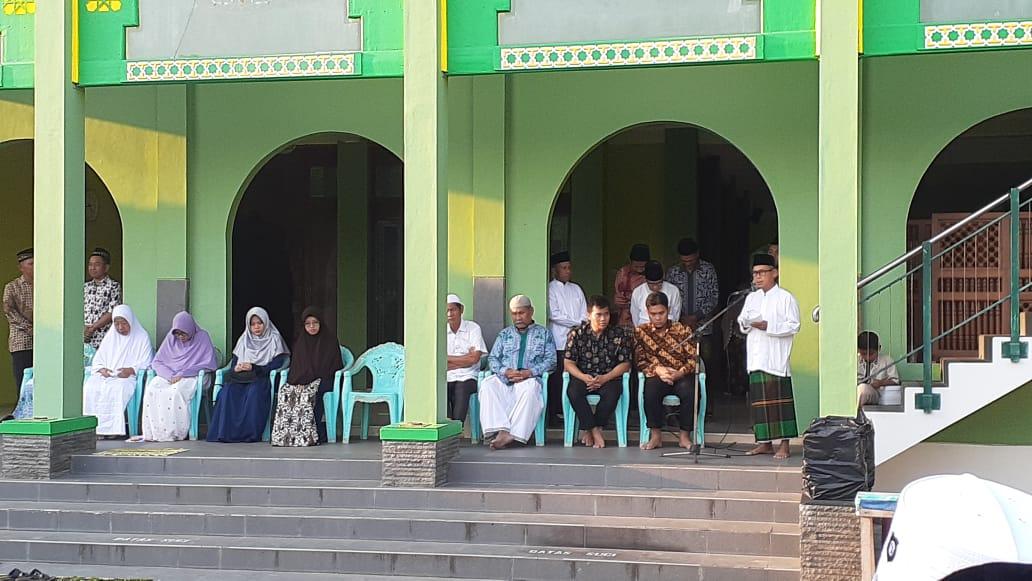Upacara Pelepasan Haji Desa Gemuhblanten Berlangsung Khidmat